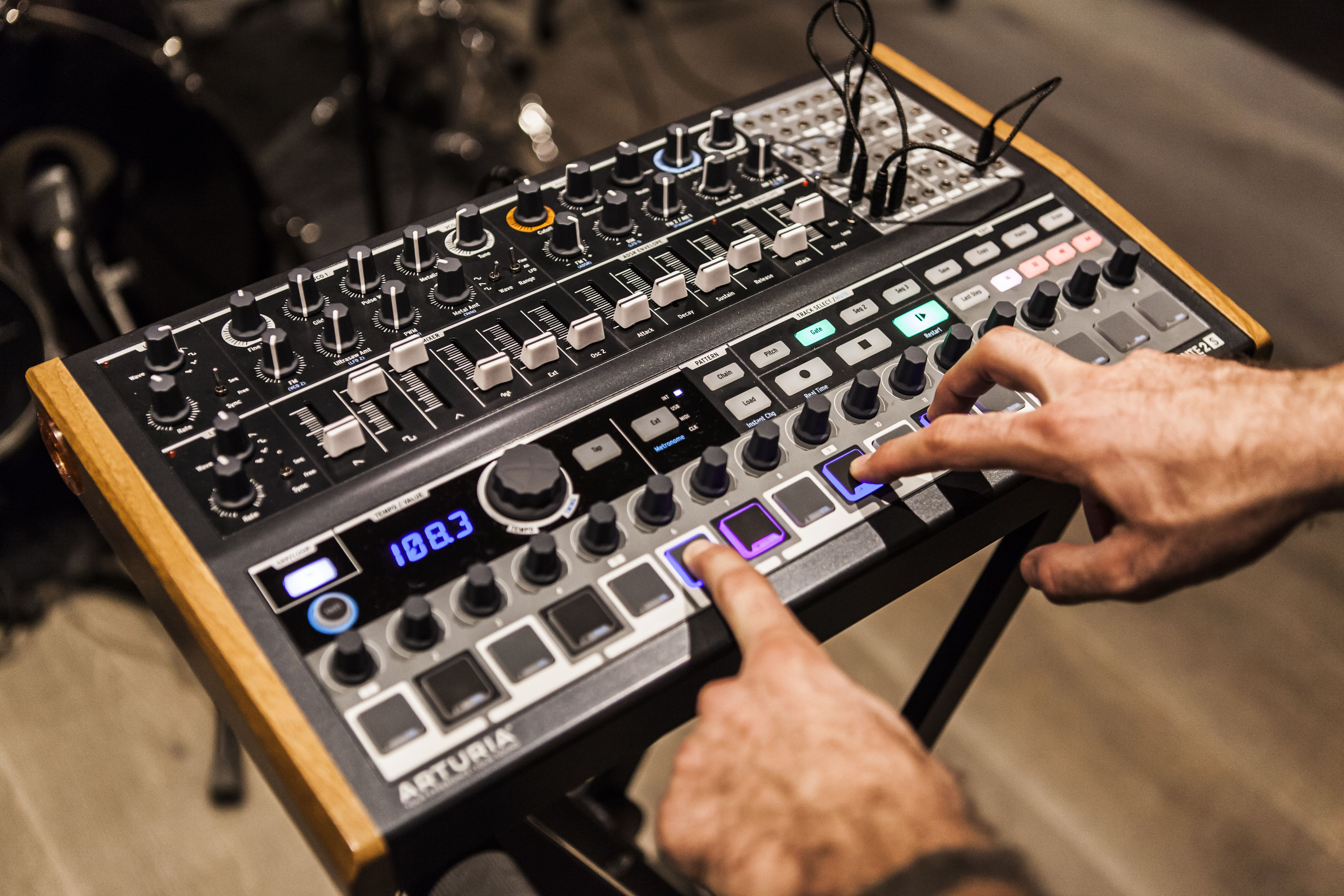 arturia minibrute 2s powerful semi modular synth sequencer. Black Bedroom Furniture Sets. Home Design Ideas