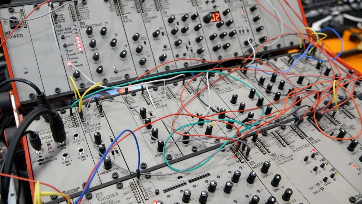 tangible waves story affordable modular synthesizers from germany. Black Bedroom Furniture Sets. Home Design Ideas
